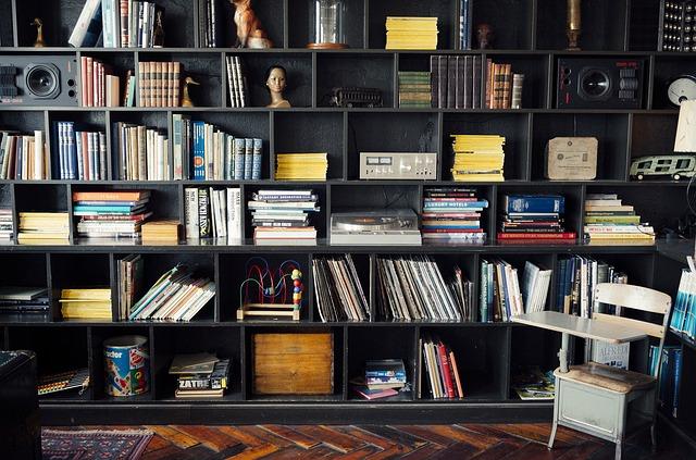 Neuspořádaná knihovna