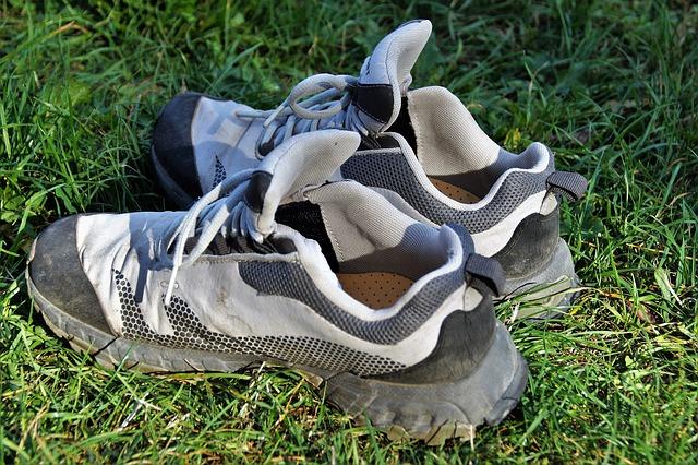 botasky v trávě.jpg