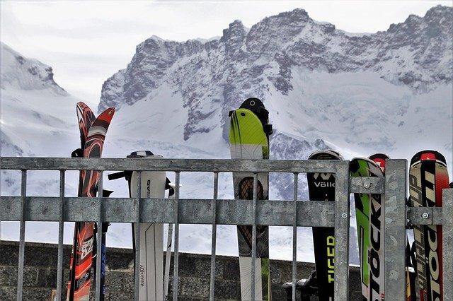 postavené lyže