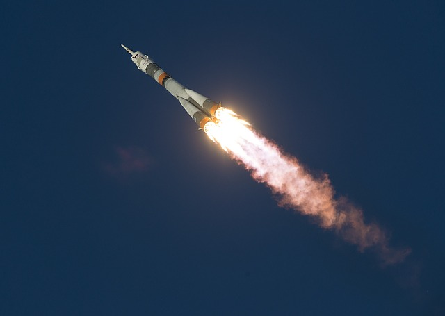 letící raketa